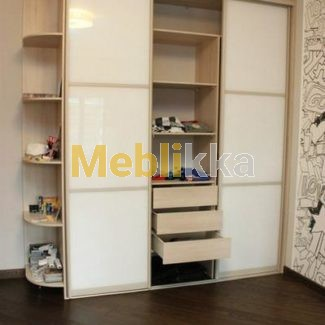 шкаф-купе, белое стекло, белый фасад, www.meblikka.com.ua