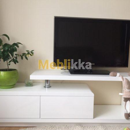 Тумба под телевизор с крашеного МДФ безручек